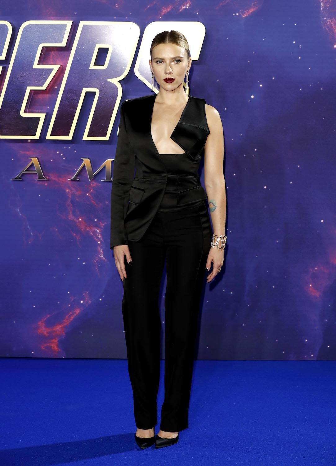 "LONDON, ENGLAND - APRIL 10: Scarlett Johansson attends the ""Avengers Endgame"" UK Fan Event at the Picturehouse Central on April 10, 2019 in London, England. (Photo by John Phillips/Getty Images)"