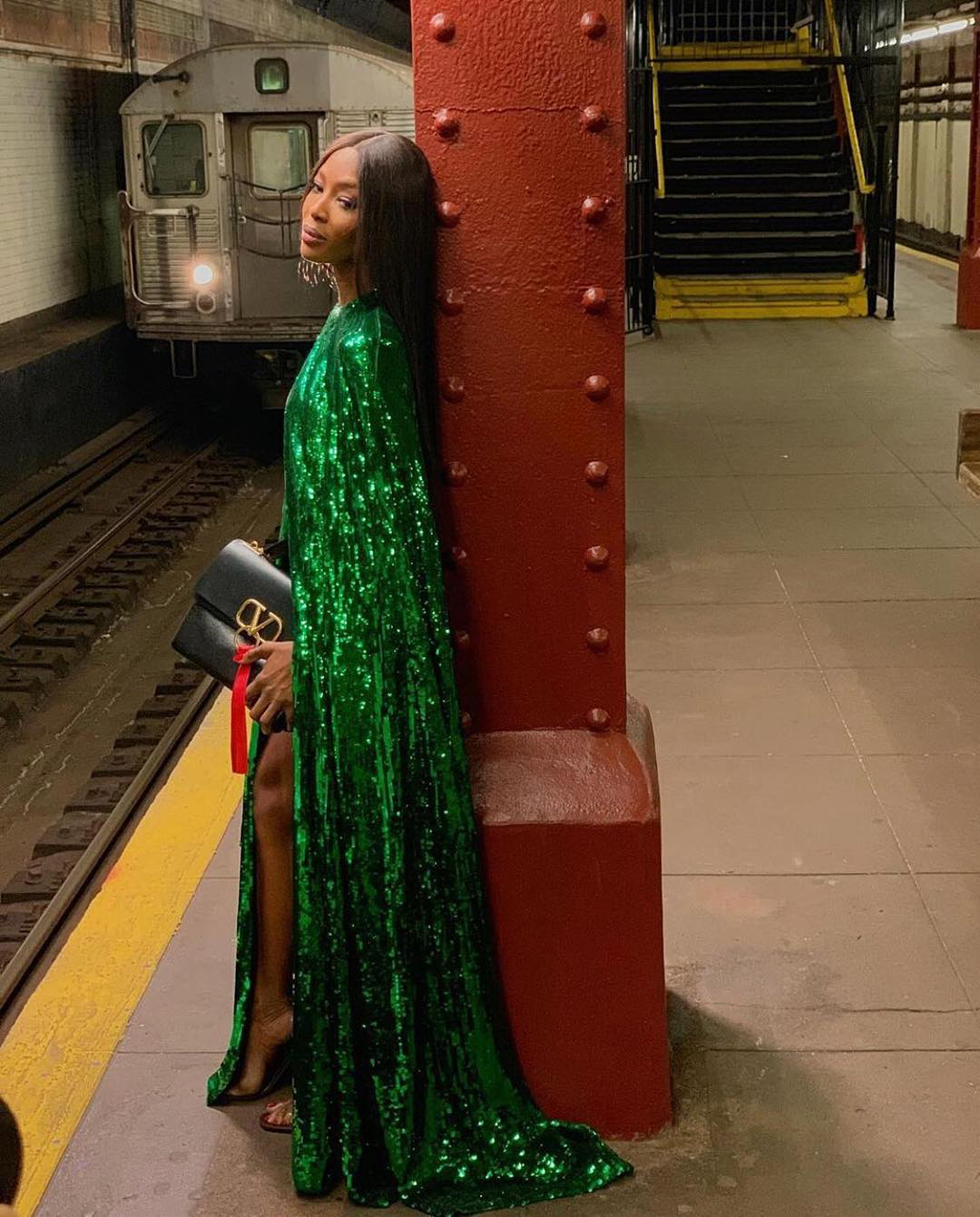 Naomi Campbell subway