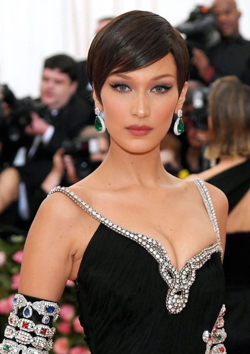 Met gala beauty bella hadid