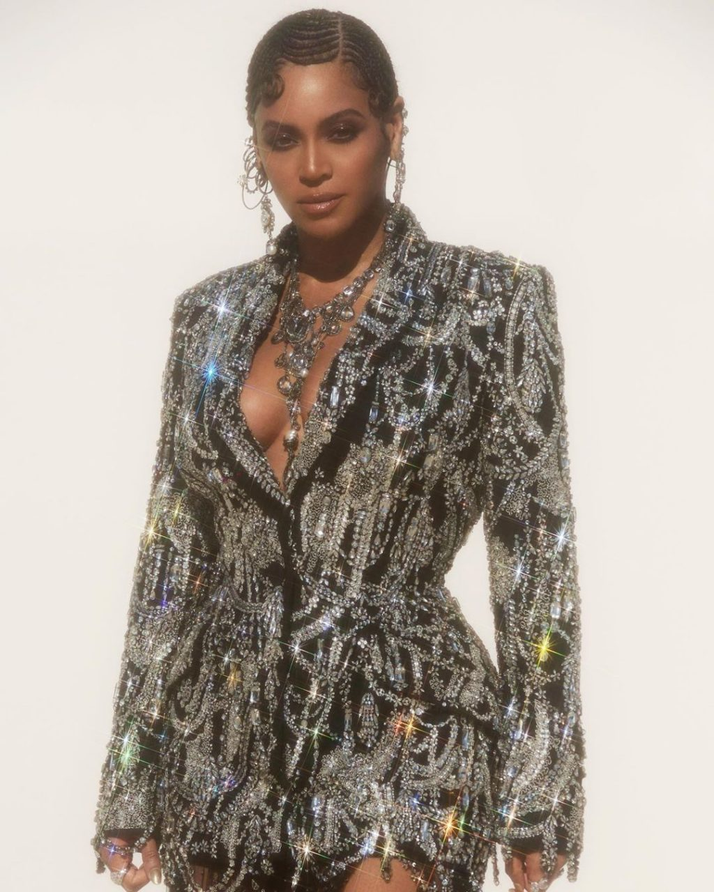 The Best-Dressed Celebrities of the Week of July 15, 2019 – Vote Now