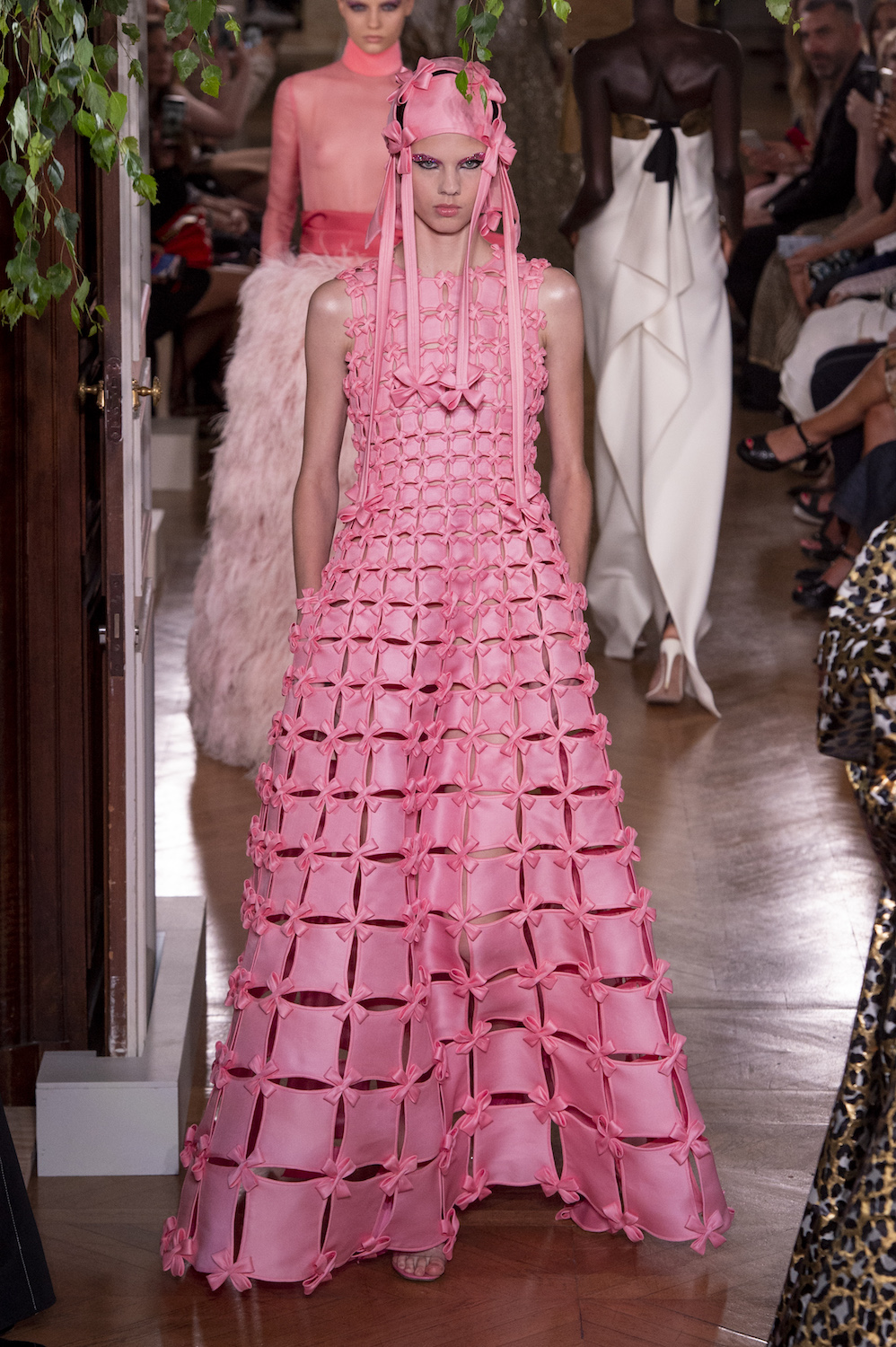 At Valentino, the Transformative Power of Couture Is Fully Realized
