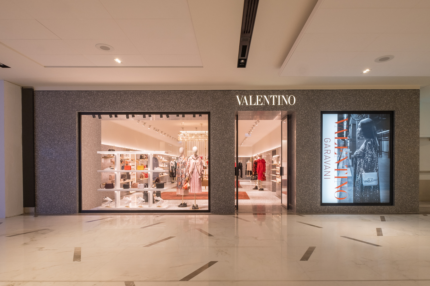 new valentino boutique in abu dhabi
