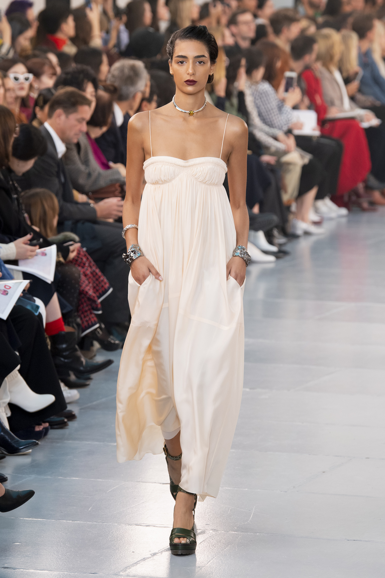 Chloé Returns to Its Former Design Codes for Spring/Summer 2020