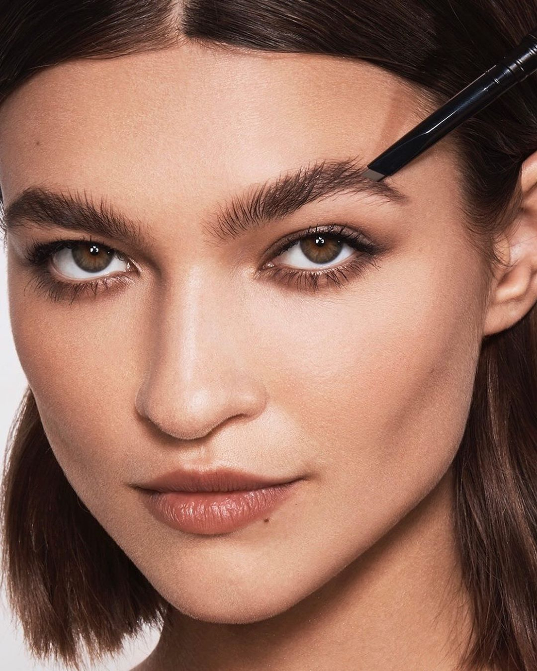 chanel temple hourglass brow tips