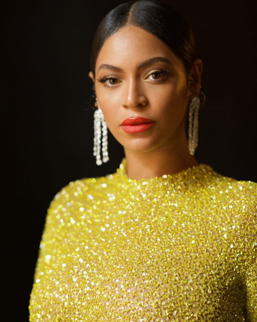 Beyonce gold and bold