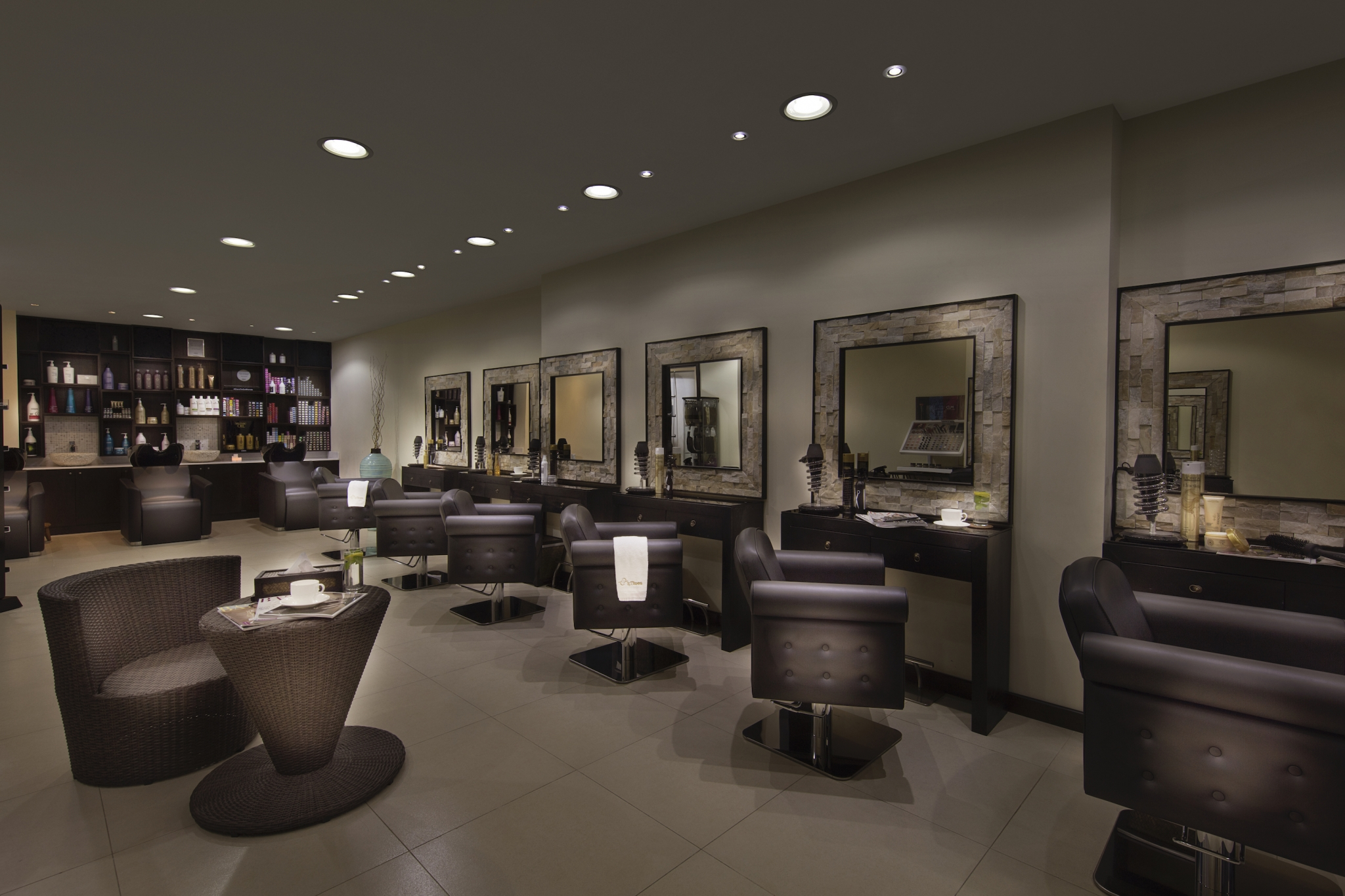 best hair salons dubai tips and toes