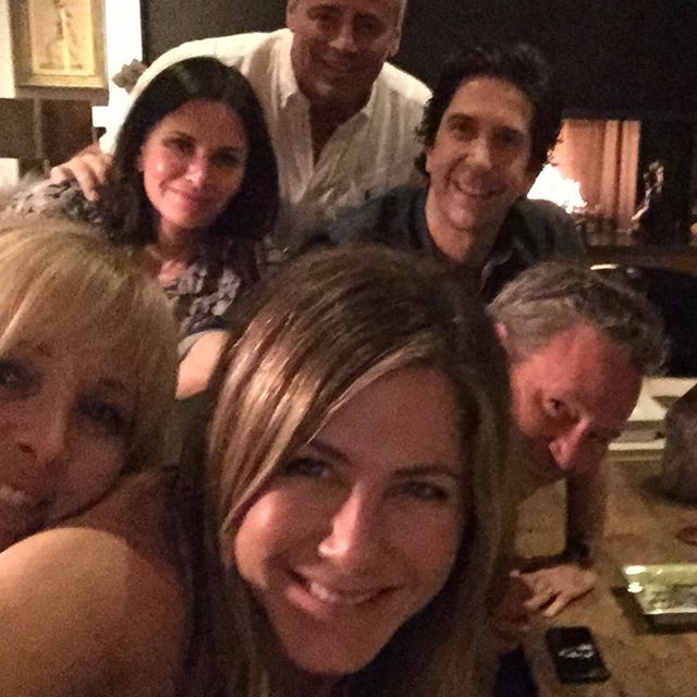 TOW Jennifer Aniston Breaks Instagram