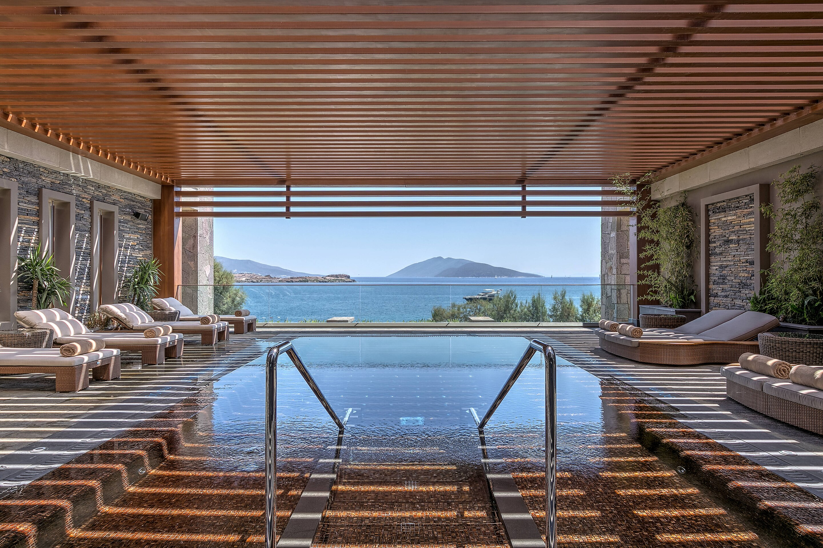 Caresse bodrum outdoor spa pool