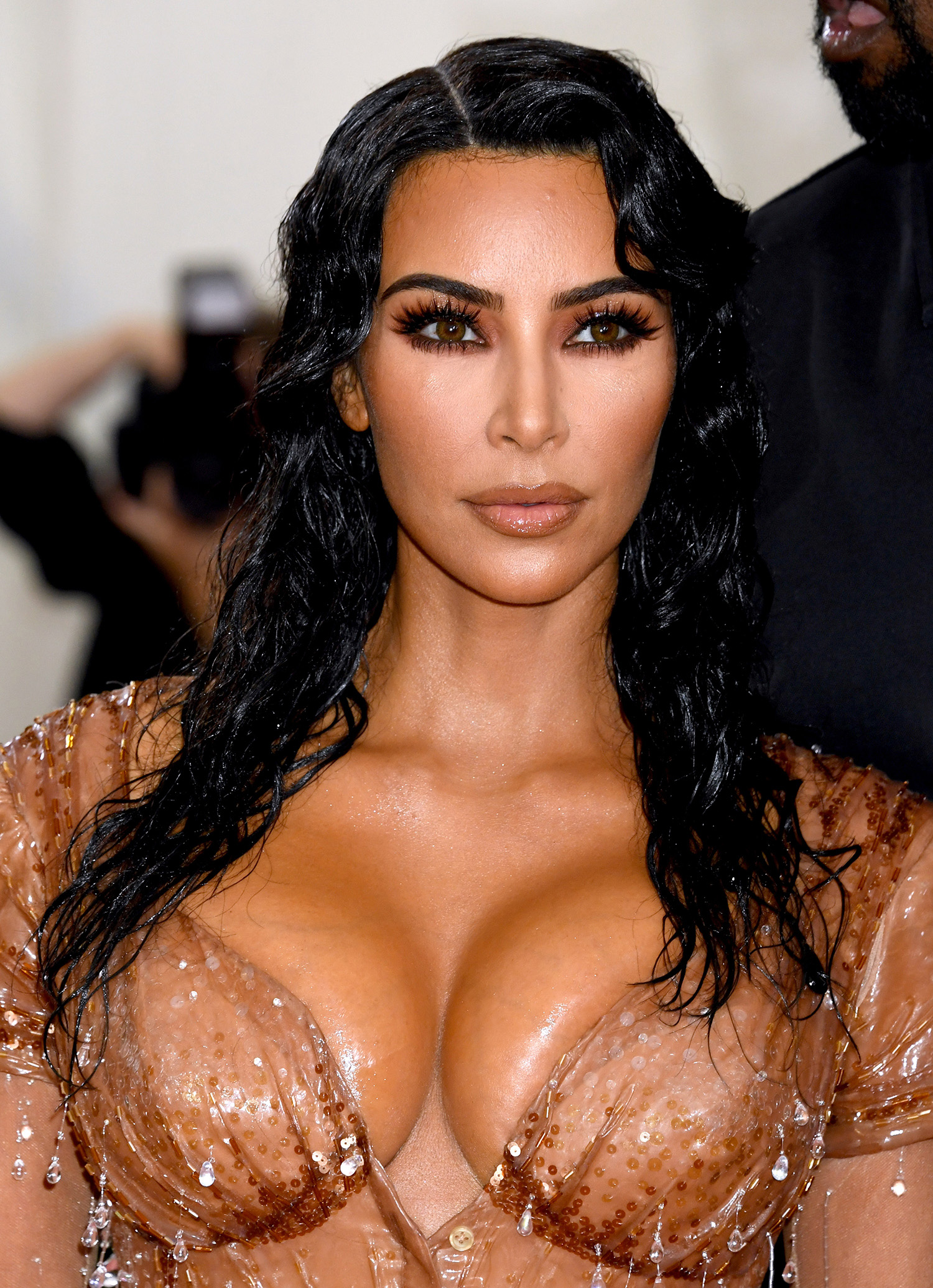 Kim Kardashian wet look hair