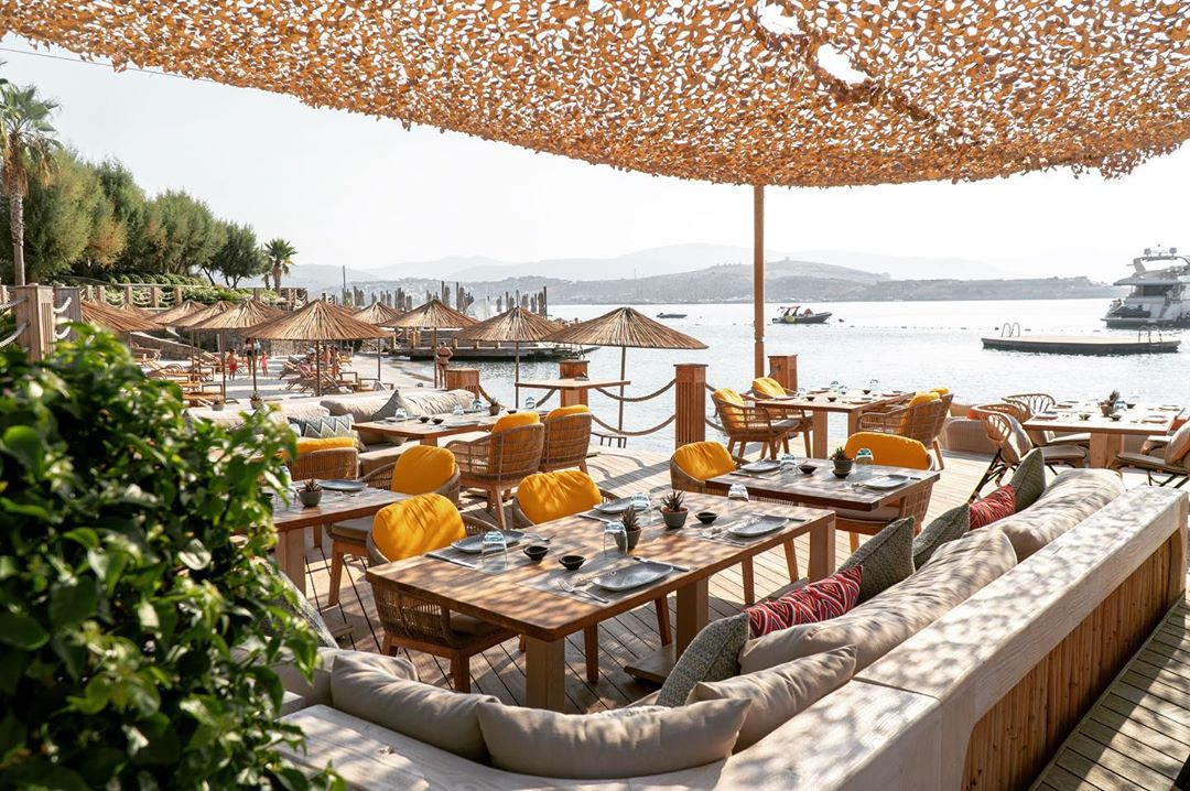 buddha-bar beach caresse bodrum