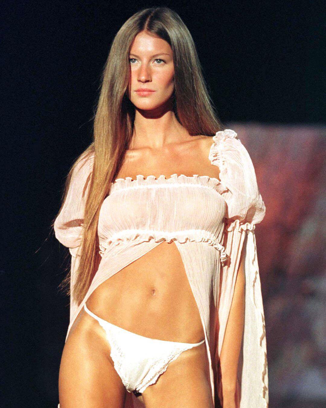 gisele bundchen 1999 victoria's secret