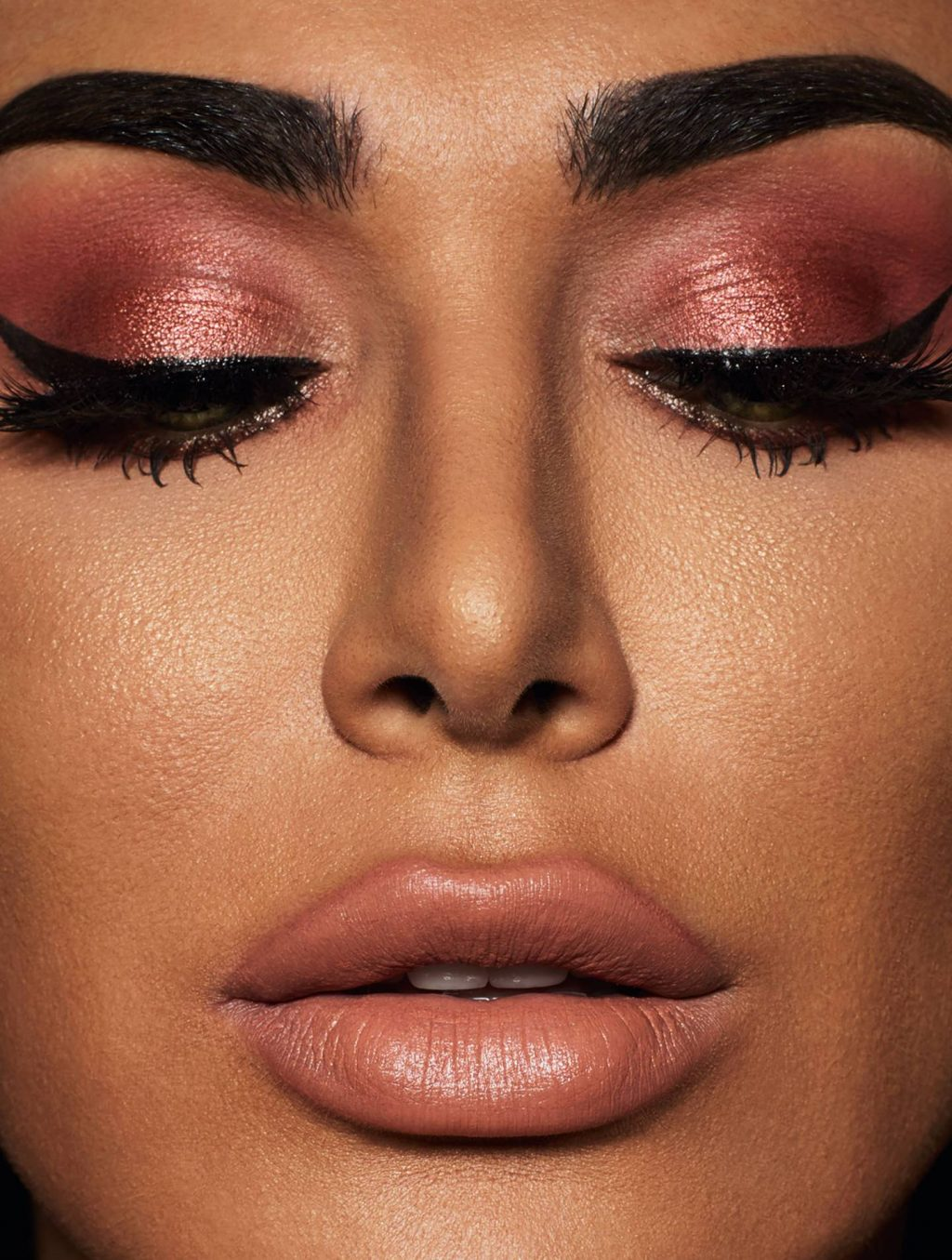 Huda Kattan on Common Eyeshadow Mistakes (and How to Avoid Them)