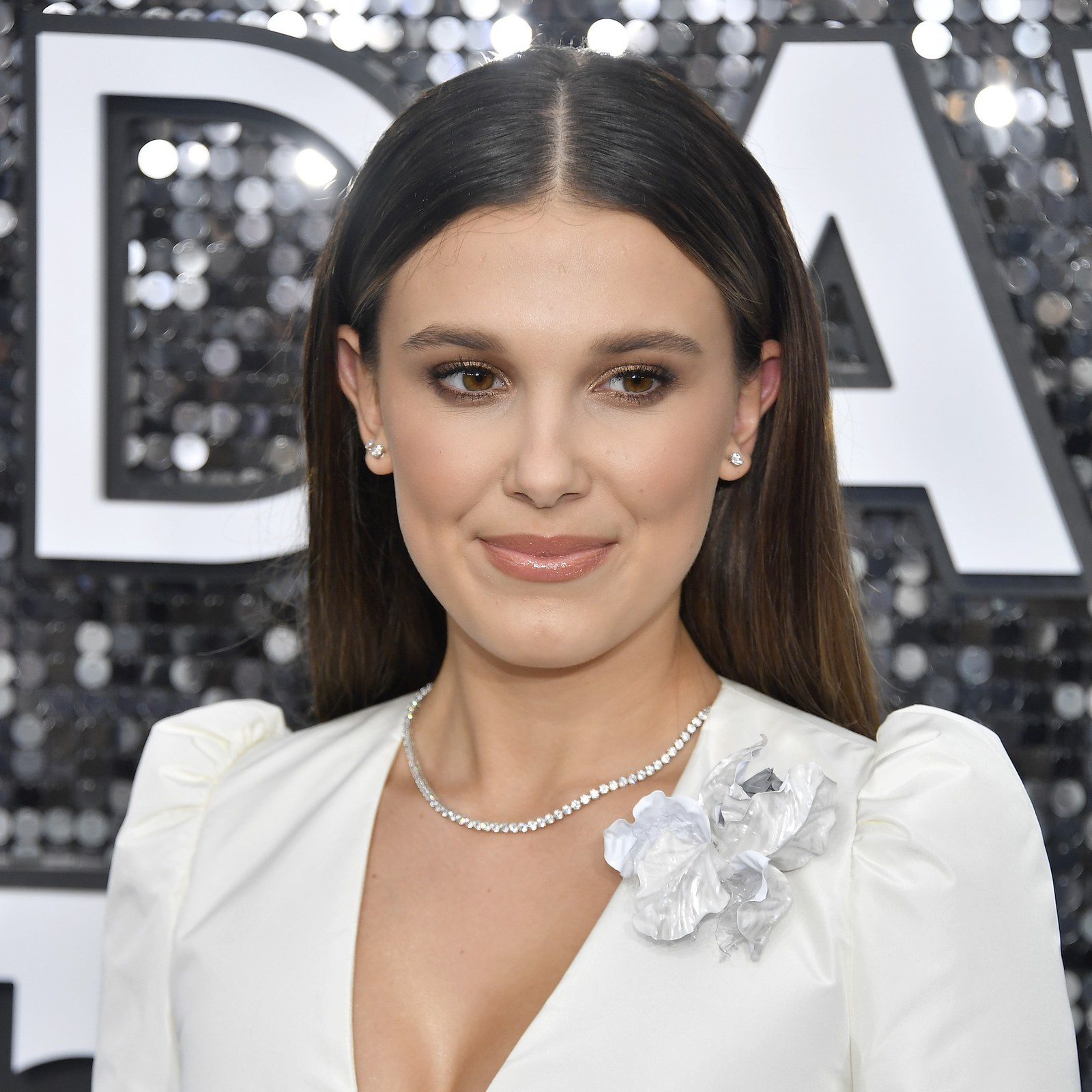 SAG Awards 2020 beauty millie bobby brown