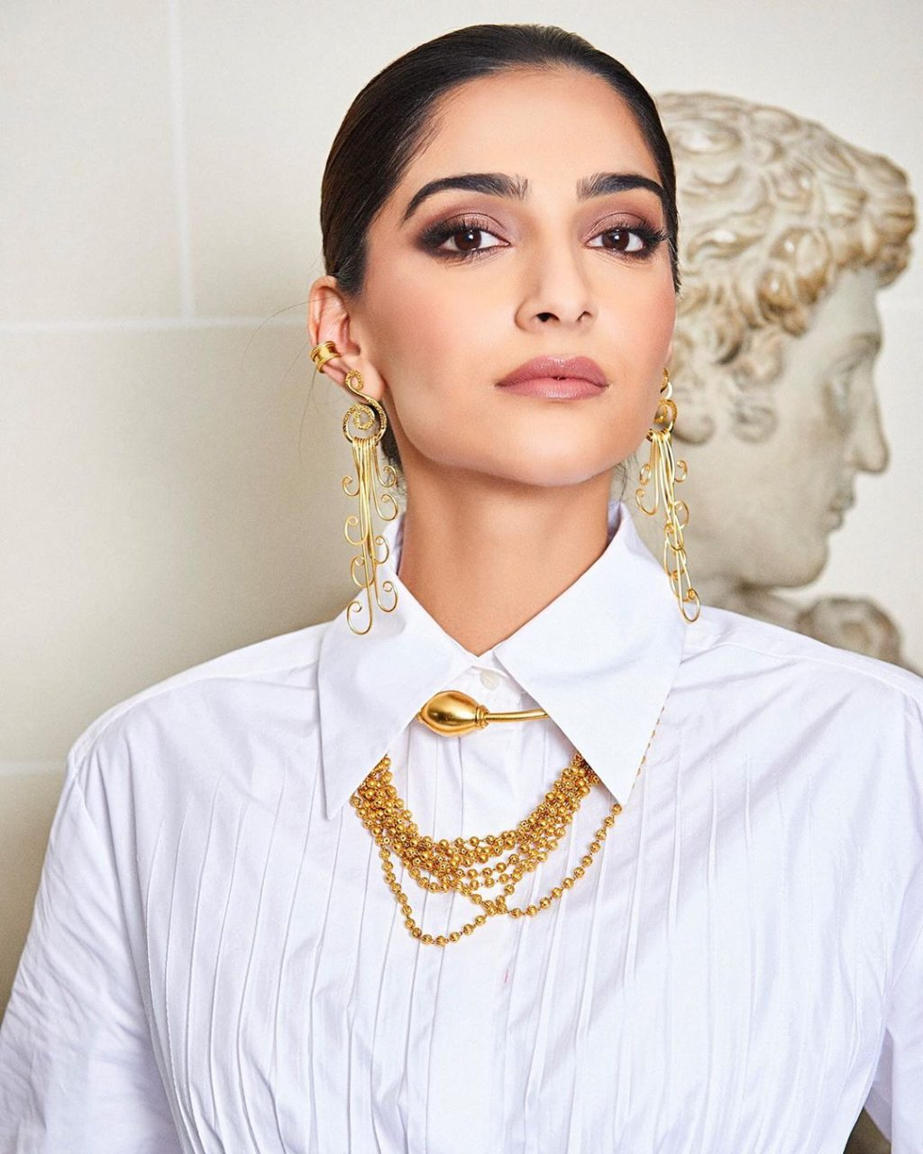 Why Sonam Kapoor Just Inspired Our Weekend Beauty Look