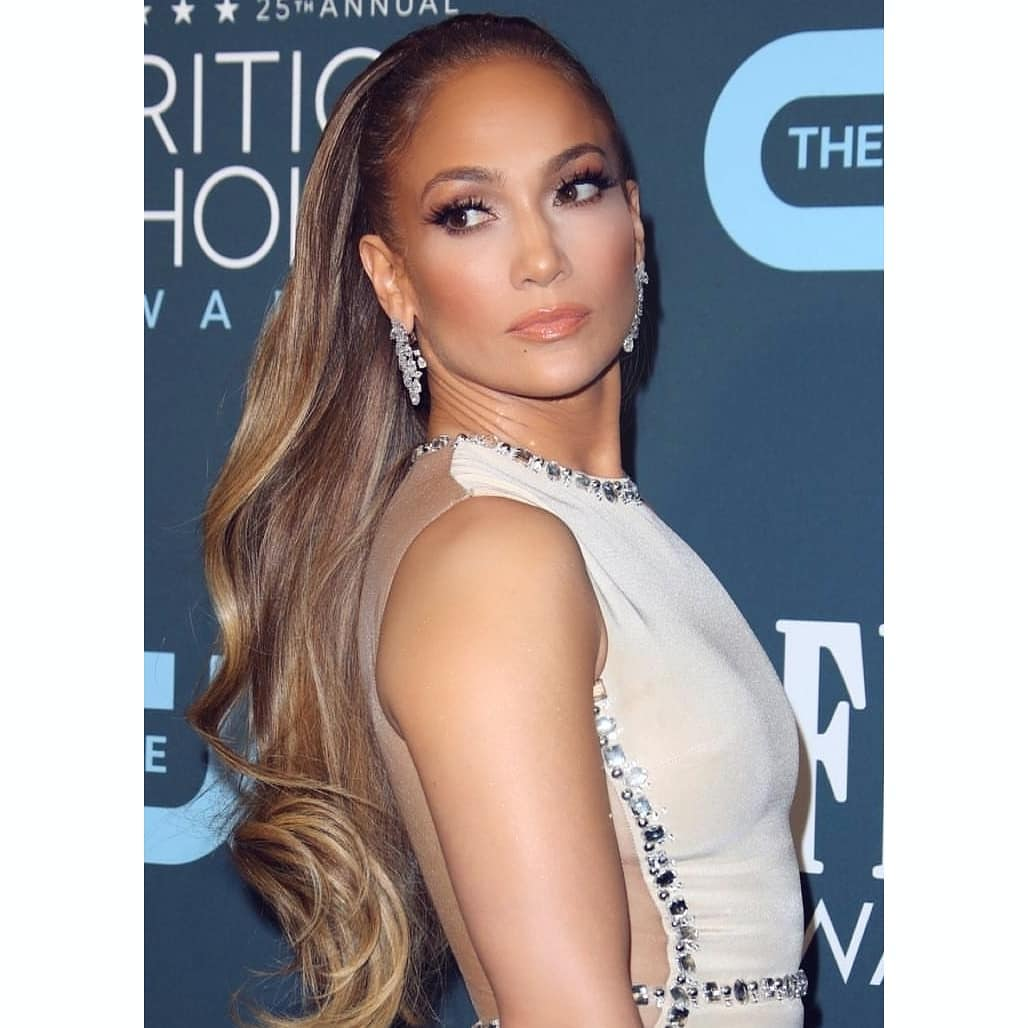 critics choice 2020 beauty jennifer lopez
