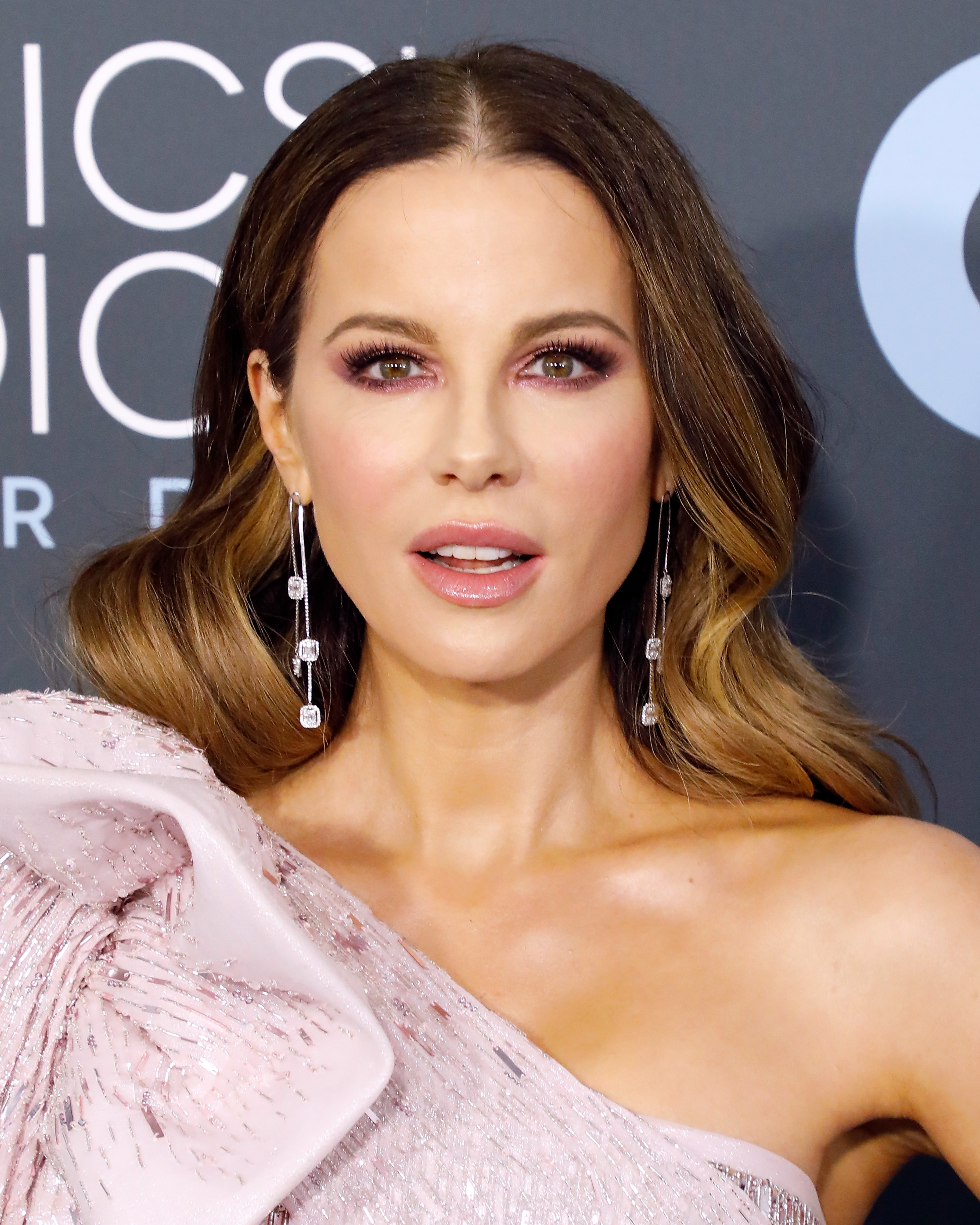 critics choice awards 2020 beauty Kate Beckinsale
