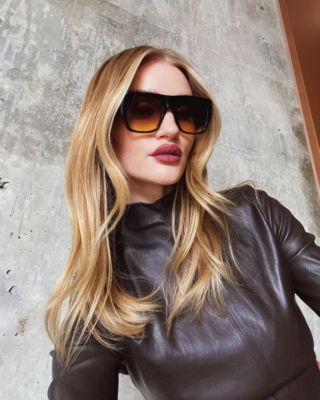 Morning Routine: How Rosie Huntington-Whiteley Starts Her Day