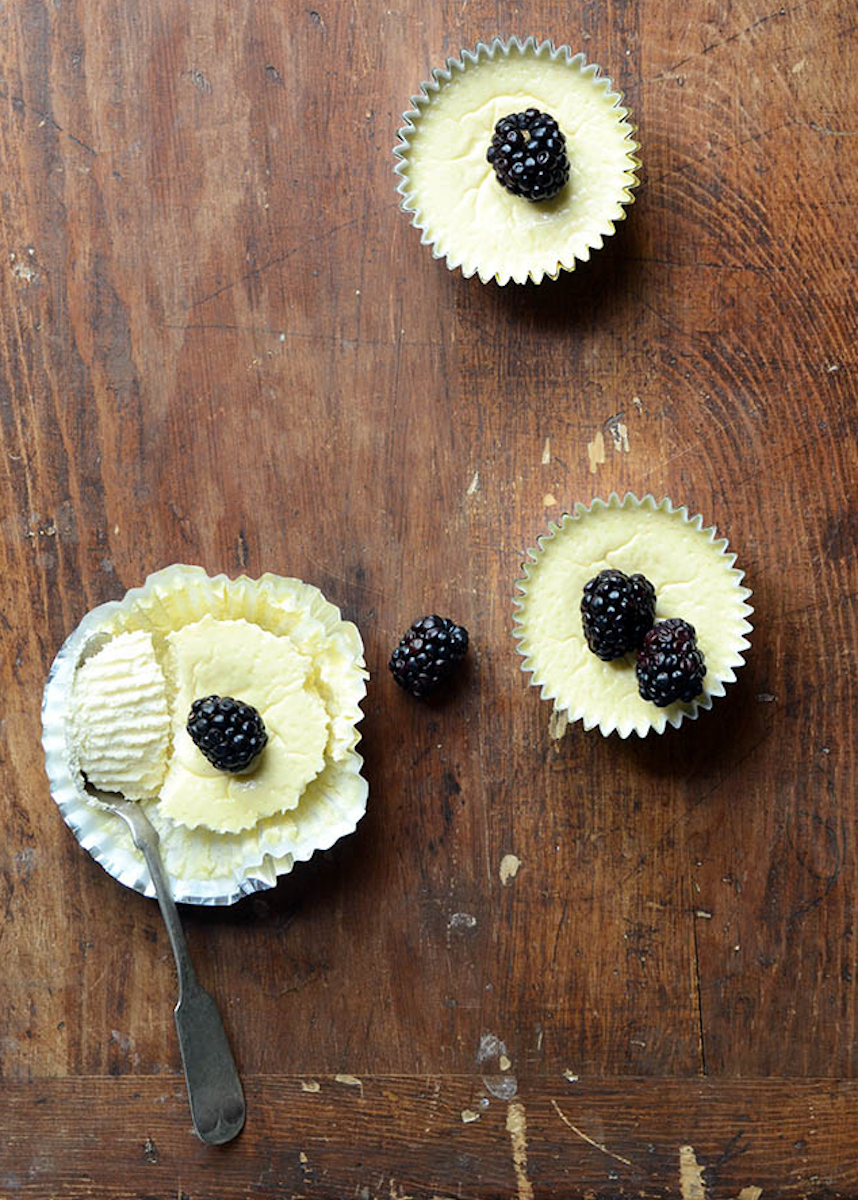 5-Ingredient Bake Recipies-Low-Carb-Mini-Cheesecakes