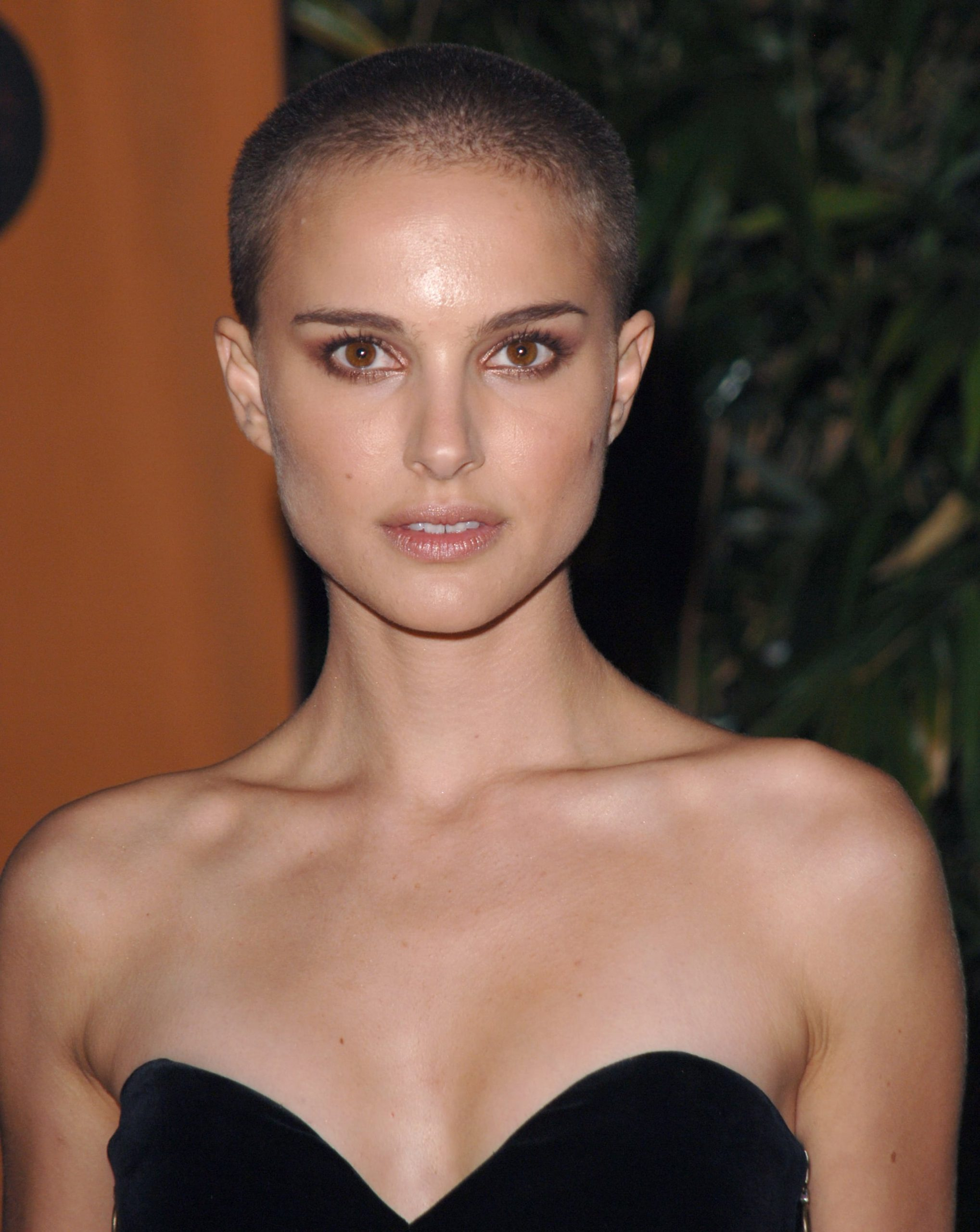 Natalie Portman Buzz Cut - Celebrity Buzz Cuts