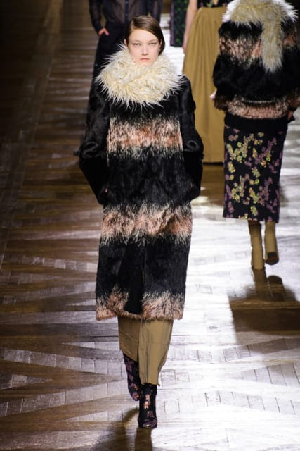 Paris Fashion Week Coverage: Dries Van Noten Fall 2015 Collection