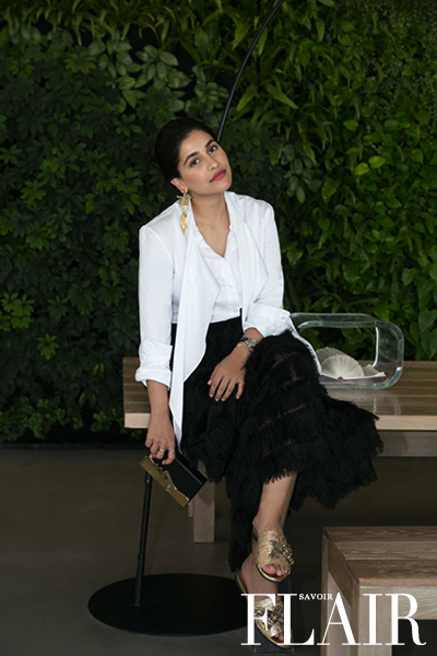 Anum Bashir Demonstrates How to Wear a White Shirt