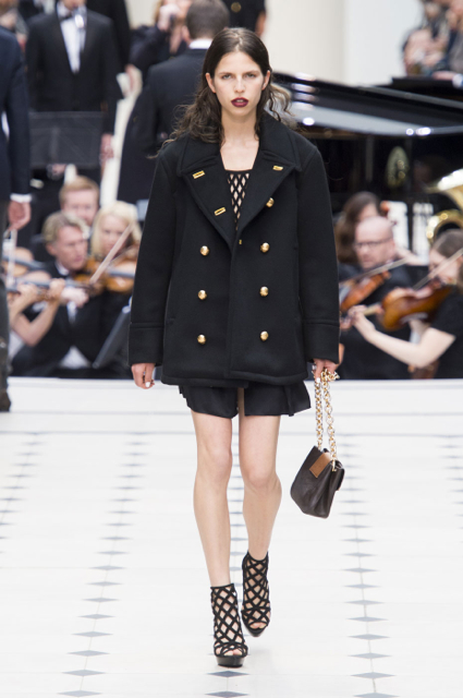 London Fashion Week Coverage: Burberry Prorsum Spring 2016 Collection