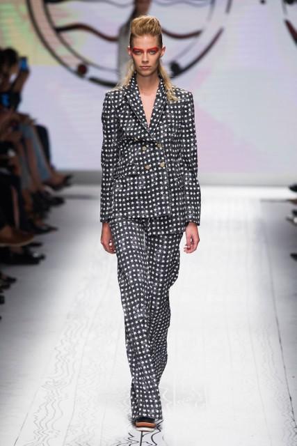 836f3a94b871 Milan Fashion Week Coverage  Max Mara Spring 2016 Collection