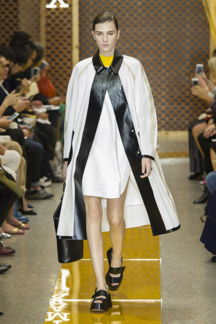 8e6c6cceb7 Milan Fashion Week Coverage  Sportmax Spring 2016 Collection