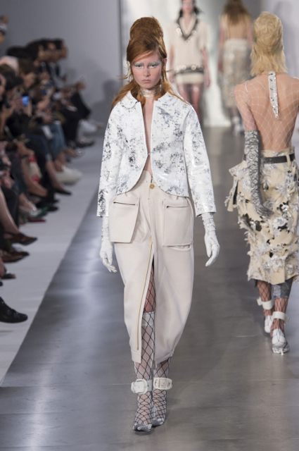 Paris Fashion Week Coverage: Maison Margiela Spring 2016 Collection
