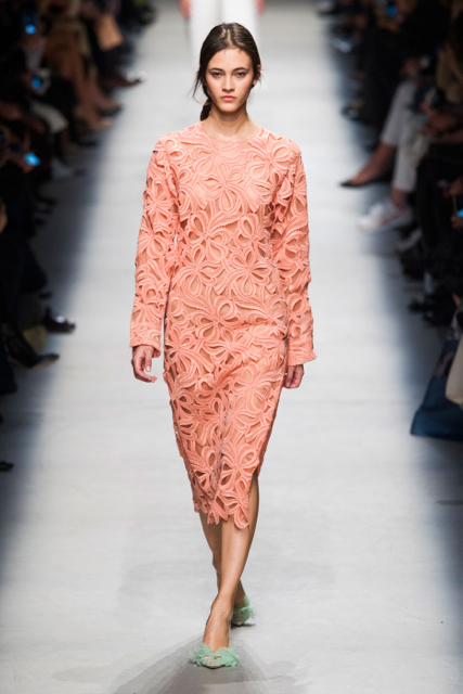 Paris Fashion Week Coverage: Rochas Spring 2016 Collection