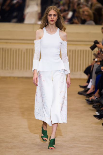 Paris Fashion Week Coverage: Roland Mouret Spring 2016 Collection