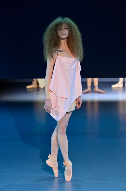 Paris Fashion Week Coverage: Viktor & Rolf Spring 2014 Couture